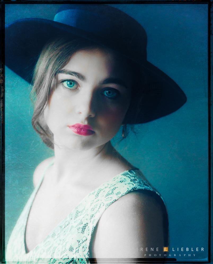 Sarah-Moon-Rachel-by-Irene-Liebler--18
